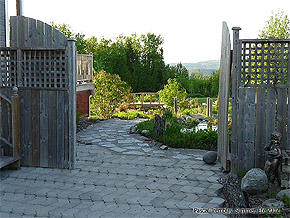 Lay Concrete pavers - Paver Walkway - DIY Paver bed